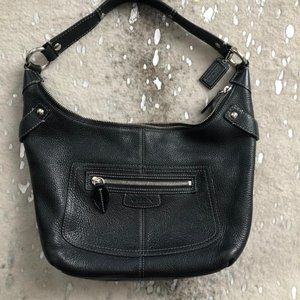 "Coach ""Penelope"" Black hobo pebbled"